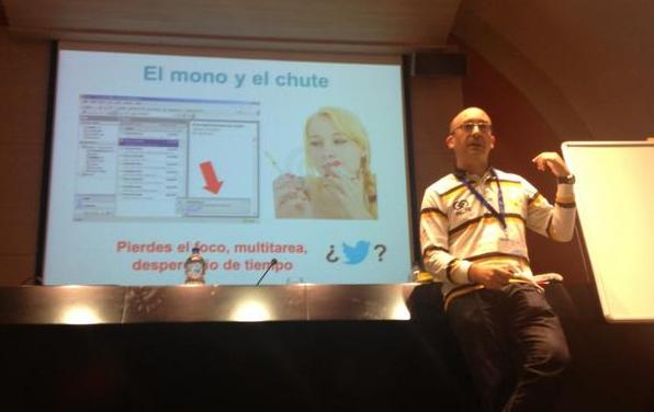 CAS2012-Mundo_espasmodico_lightning_talk.png